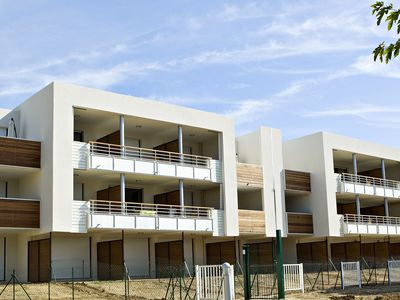 Photo for Luxury apartment with large terrace located on a marina