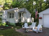 HARBOR SPRINGS cottage  Lovely views of Lake Michigan  TUNNEL OF TREES  Relaxing