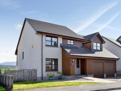 Photo for 5 bedroom accommodation in Aviemore