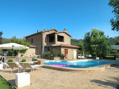 Photo for One bedroom Villa, sleeps 4 with Pool, FREE WiFi and Walk to Beach & Shops