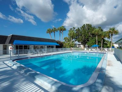 Photo for 25% OFF SUMMER SPECIAL! First Floor Condo with Community Pool near Siesta Beach