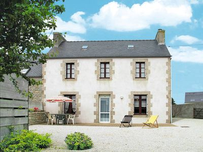 Photo for Vacation home in Cléder, Finistère - 4 persons, 3 bedrooms