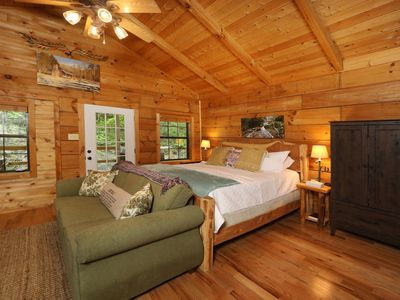 Photo for Red Door Cabin - a secluded getaway in the heart of Townsend