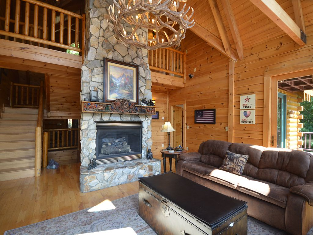 4500 sq foot log home in great location beech mountain for 4500 sq ft home