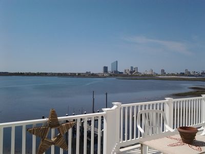 Photo for Quiet Class on the Bay...Your Casino Retreat!