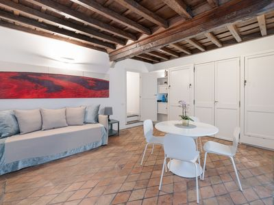 Photo for Lovely studio flat - 1 min walk from Pantheon