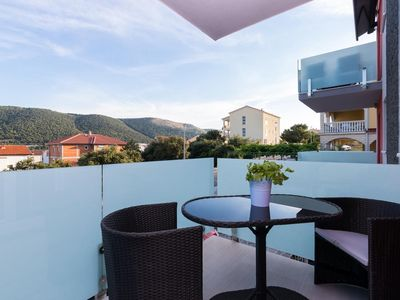 Photo for Three bedroom apartment with terrace Grebaštica (Šibenik)