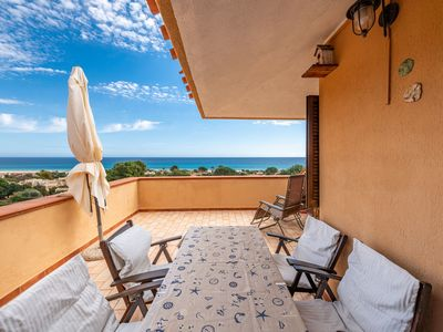 """Photo for Charming Holiday Home """"Casa Rei"""" with Sea View, Balcony & Garden; Street parking Available"""