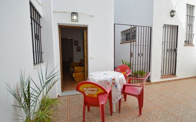 Photo for Apartment in the town centre with patio