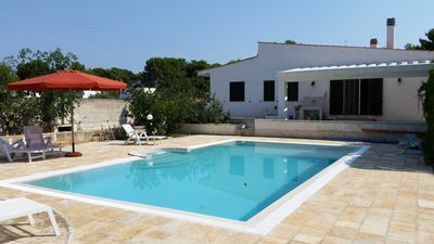 Photo for Luxurious holiday house with garden and pool, 800 meters from the sandy beach