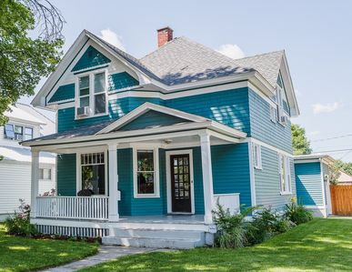 Beautifully Restored Historic Queen Anne Style Victorian Home