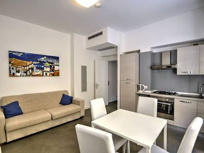 Photo for One bedroom Apartment, sleeps 4 in Sorrento with Air Con and WiFi