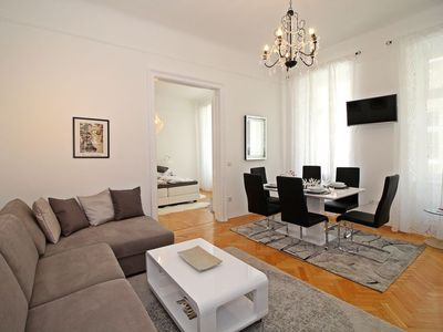 Photo for One bedroom Apartment, sleeps 4 in Vienna with WiFi