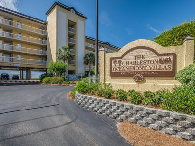 Oceanfront Paradise---15 Minutes to Downtown Charleston