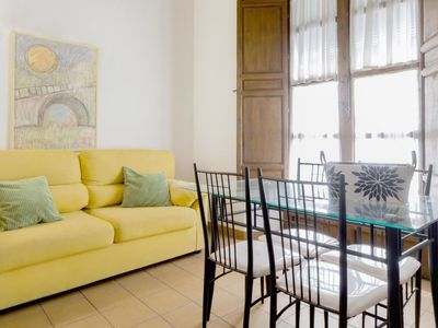 Photo for Apartment Apartamento Elvira 60 2  in Granada, Inland Andalucia - 6 persons, 2 bedrooms