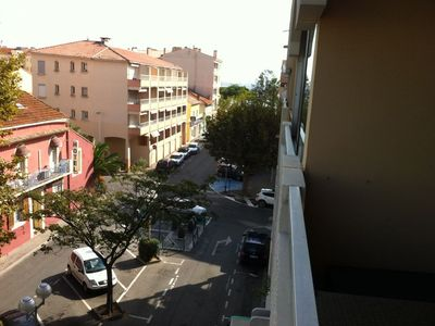 Photo for T2 apartment with private parking and air conditioning qq meters from the sea
