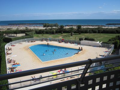 Photo for 1st line, sea view, pool and Fort Brescou