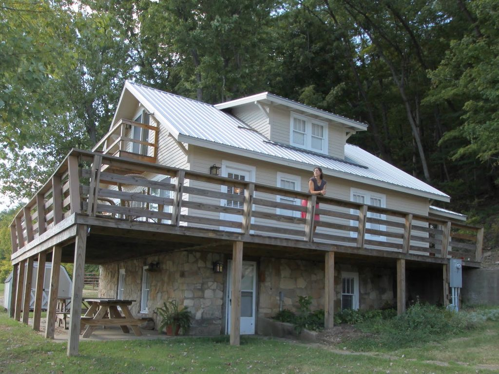 Ohio river cabin rental perfect for boaters and nature for Leavenworth cabin rentals