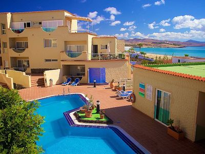 Photo for Apartment in Costa Calma with sea view, very close to the beach, with pool.