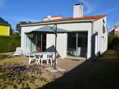 Photo for The Villa des Pins FREE WIFI Large capacity of reception, near beach