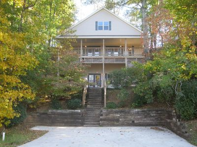 Photo for Spacious, Great Views, Hot Tub, Fireplace, Pool Table, Wi-fi, Golf & Pool Access