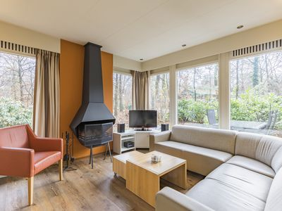 Photo for Luxury 2-person bungalow in the holiday park Landal Heihaas - in the woods/woodland setting
