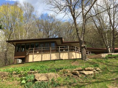 Photo for Wright style home near Taliesin and APT with stunning views sleeps 7