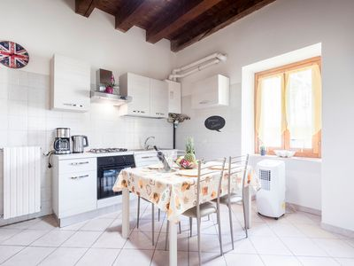Photo for 1BR Apartment Vacation Rental in Bardolino