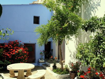 Photo for Typical Spanish town house with a sunny patio, 5km from the Costa Tropical