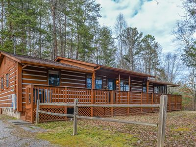 Photo for Woodsy cabin w/ private hot tub & pool table - close to Pigeon Forge
