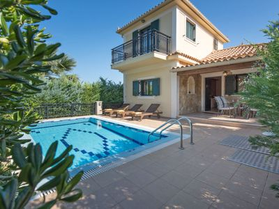 Photo for Vacation home Deluxe Villa With Private Pool in Limni Keriou - 5 persons, 2 bedrooms