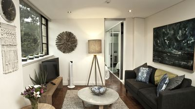 """Photo for """"Belle Amore at McMahons Point"""", Sydney Harbour Waterfront Apartment"""