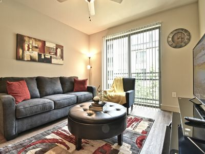 Photo for Luxe Stylish 1 bedroom Apt Uptown Dallas /Parking