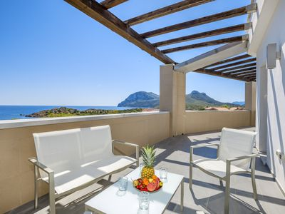 Photo for Light-flooded Apartment 9 in Villa Marconi with Sea View & Private Terrace; Parking Available