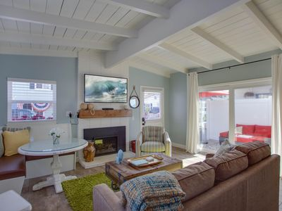 Photo for Beautifully Remodeled Cappy's Cottage With A/C! Front Unit