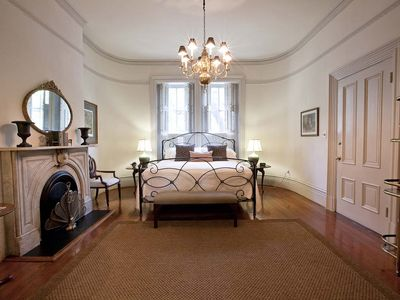 Photo for Stay with Lucky Savannah: 1 bedroom with lunch from Mrs. Wilkes restaurant