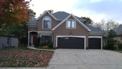 Photo for Beautiful 4 BR Northland Home close to KCI!
