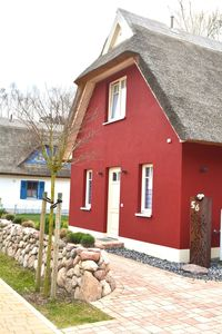 Photo for New exclusive thatched cottage on Dünenwald south facing