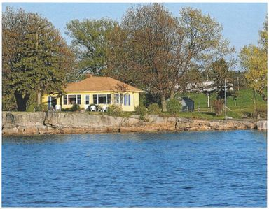 Photo for Clayton Waterfront Cottage