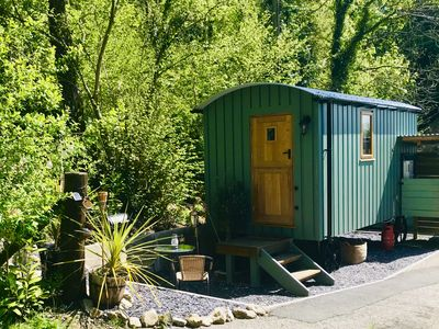 Photo for Large Woodland Garden, Close to country pub, Romantic, Glamping.