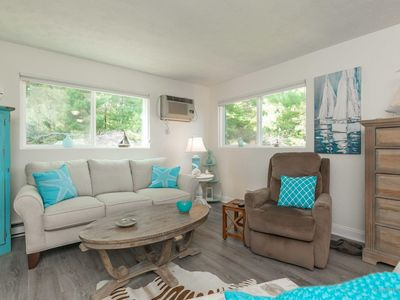 Photo for Cozy Condo Walking Distance from Perkins Cove
