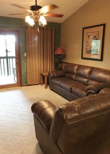 Photo for Nice 2 BR 2 BA Condo Free Wi-Fi  1 mile to Silver Dollar City!