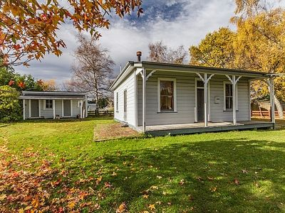 Photo for Kaha Cottage - Rangataua Holiday Home