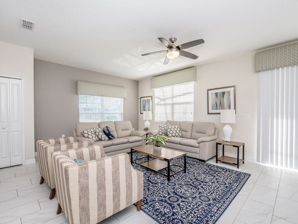 3074 Juliet Drive: Beautiful 5 Bed Gated Town Home At Storey Lake ...
