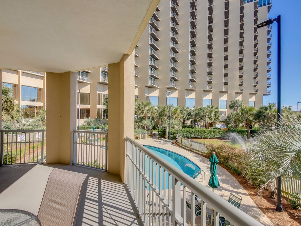 2 Bedroom Oceanfront At Royale Palms Call Us Today Free Wifi Myrtle Beach Myrtle Beach