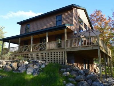 Hot Tub, Sauna, Fireplace, A/C, Dog Friendly, 1.9 mi to Whiteface, Mountain View, Marble Mountain Chalet