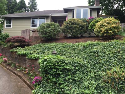 Photo for Portland Hills Location!! Beautiful, Spacious Home.
