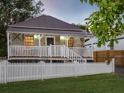 Photo for 3BR Cottage Vacation Rental in Ipswich, QLD