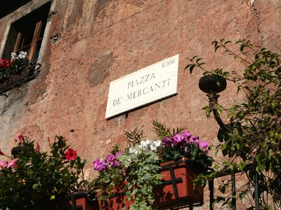 Photo for Charming and comfortable apartment in the most characteristic part of Trastevere
