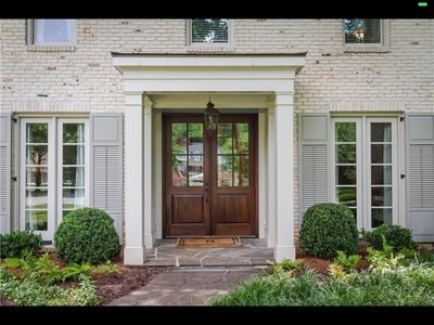 Photo for Buckhead Home, 5 BR, 4.5 bath